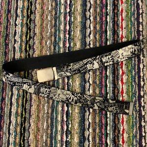 🔥😎 H&M Graphic Belt